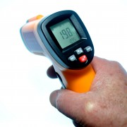 Termómetro infrarrojo IR GM300E